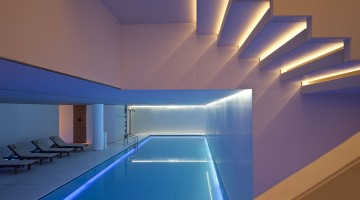 conservatorium-hotel_akasha-holistic-wellbeing-centre-pool-3